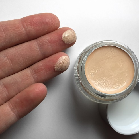 Glossier Stretch Concealer Up Close